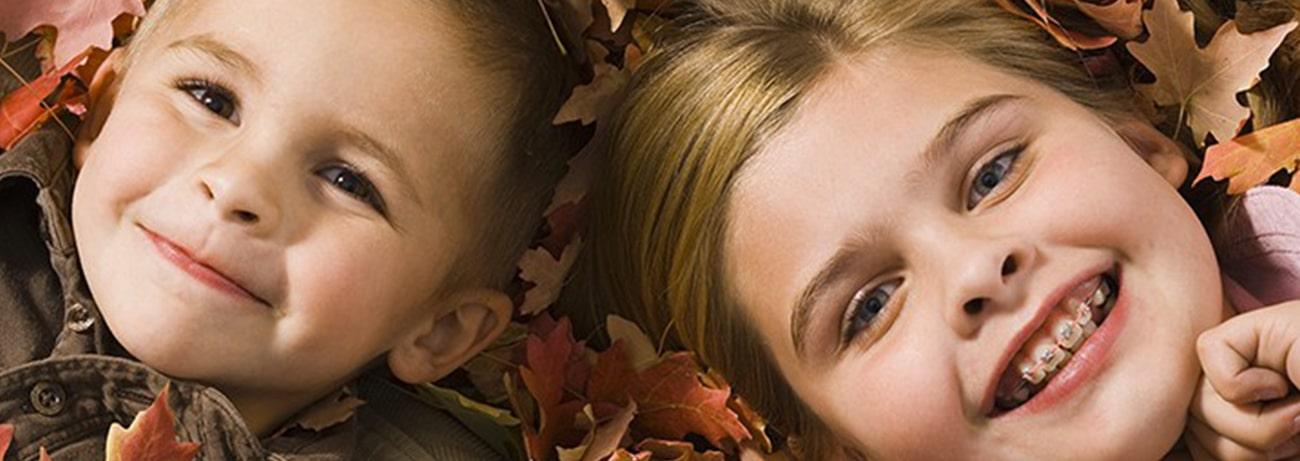 Appareil dentaire : comment traiter les lèvres sèches de vos enfants ?