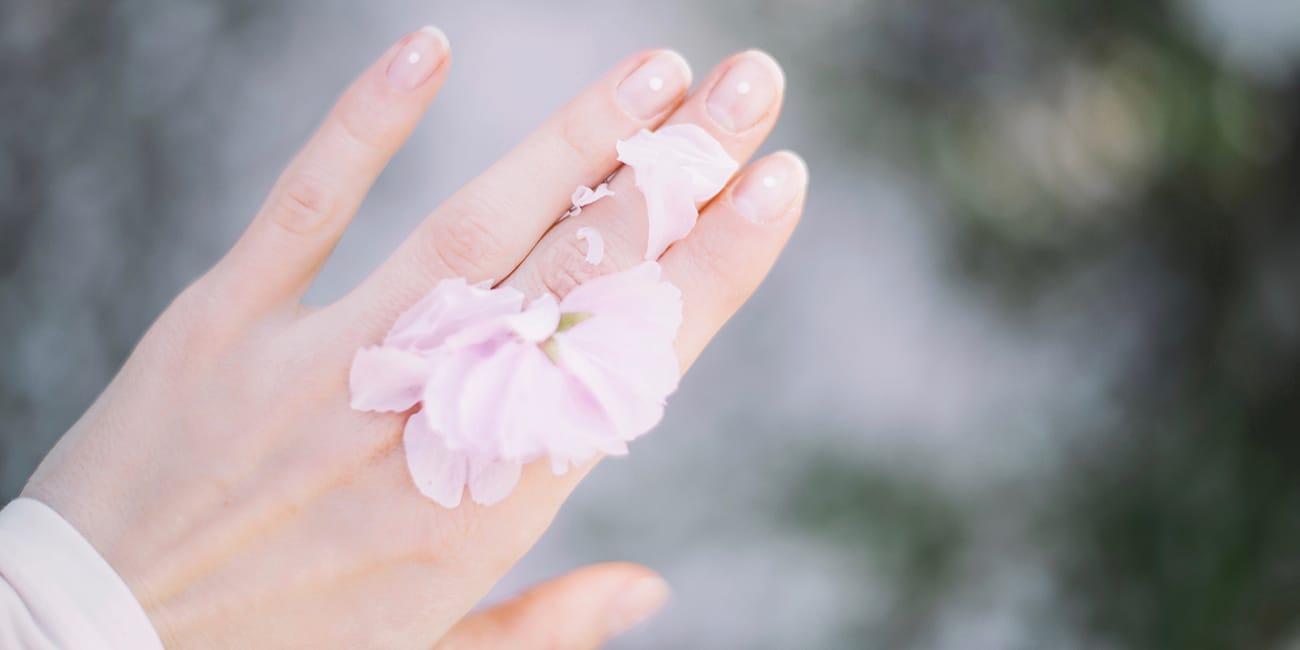 Mains - Les meilleures crèmes pour vos mains - Dermophil